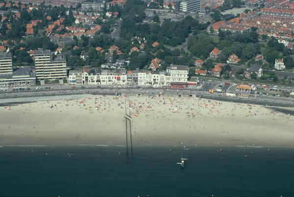 Boulevard Vlissingen strand recreatie