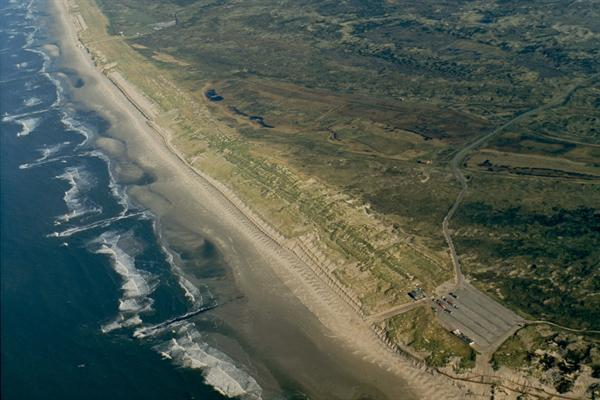 Luchtfoto Texel Paal 9