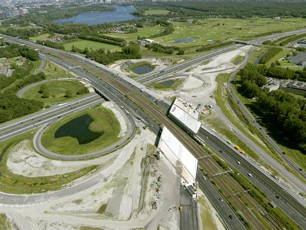 Luchtfoto 12 augustus 2016: project Omlegging A9 Badhoevedorp.