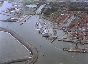 Luchtfotoserie haven van Harlingen