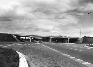 Viaduct Aalsterweg in km 21.965 over de RW69.