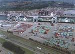 Luchtfotoserie: Containerterminal ECT te Rotterdam.