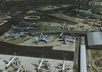 Luchtfotoserie Schiphol: nieuwe terminal.